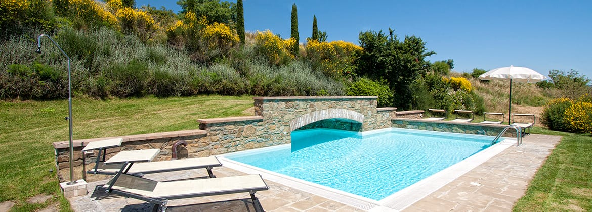 Services Included, Extra services, activities, sports, shopping and cooking lessons in Mulino a Vento in Cortona